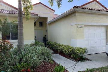 Home for Rent at 1103 Camellia Cir, Weston FL 33326
