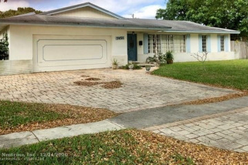 Home for Sale at 7451 NW 6th Ct, Plantation FL 33317