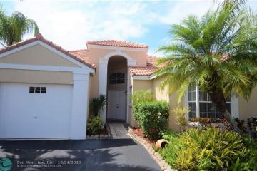 Home for Sale at 547 Bridgeton Rd, Weston FL 33326