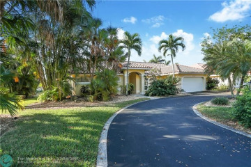 Home for Sale at 9760 NW 58th Ct, Parkland FL 33076