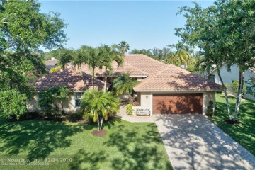 Home for Sale at 6031 NW 60th Ave, Parkland FL 33067