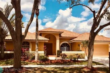 Home for Rent at 837 Hampton Ct, Weston FL 33326