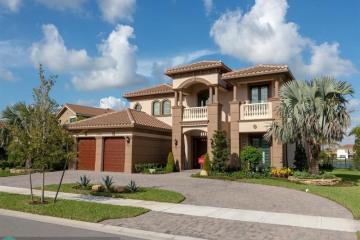Home for Sale at 10403 S Barnsley Dr, Parkland FL 33076