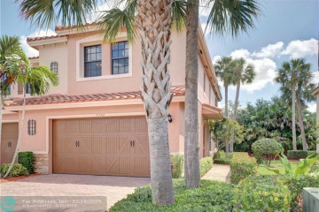 Home for Sale at 7242 NW 108th Way, Parkland FL 33076