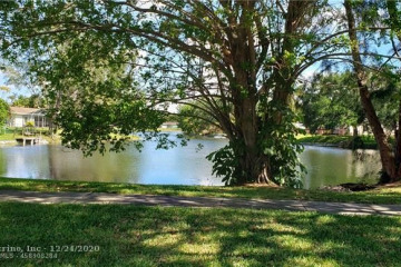Home for Sale at 1872 SW 53rd Ave, Plantation FL 33317