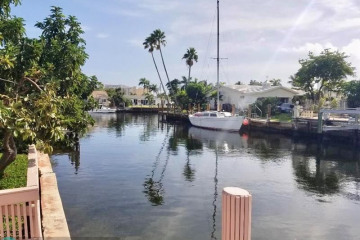 Home for Rent at 2612 SE 9th St, Pompano Beach FL 33062