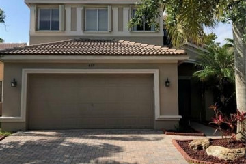 Home for Rent at 469 Conservation Dr, Weston FL 33327