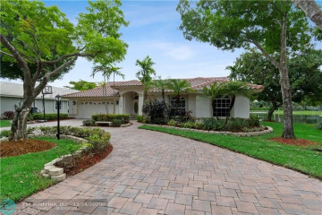 Home for Sale at 6408 NW 99th Ave, Parkland FL 33076
