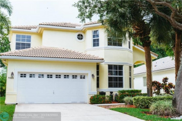 Home for Sale at 7605 NW 71st Ter, Parkland FL 33067