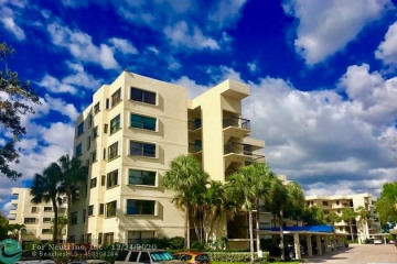 Home for Sale at 372 Golfview Rd #201, North Palm Beach FL 33408