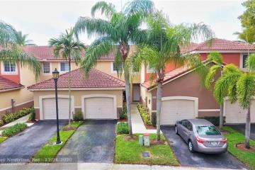 Home for Sale at 3808 San Simeon Cir, Weston FL 33331