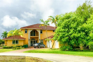Home for Rent at 11880 NW 17th Pl, Plantation FL 33323