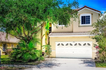 Home for Rent at 380 Cambridge Dr, Weston FL 33326
