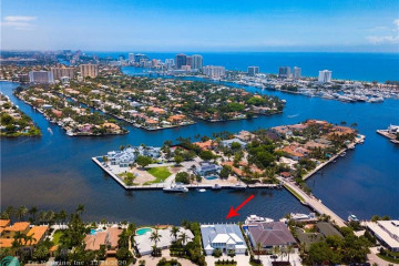 Home for Sale at 19 Isla Bahia Dr, Fort Lauderdale FL 33316