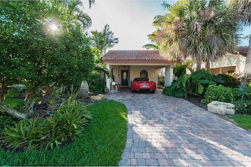 Home for Sale at 335 Ivy Ln #12, Weston FL 33326