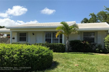 Home for Sale at 2811 NE 45th St, Lighthouse Point FL 33064