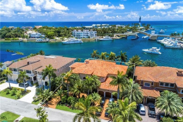 Home for Sale at 2742 NE 24th St, Lighthouse Point FL 33064