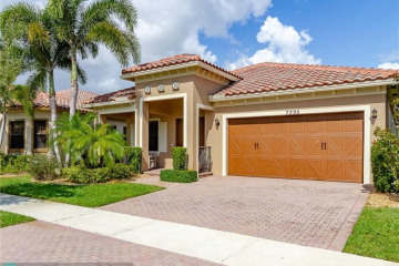 Home for Sale at 7395 NW 112th Ter, Parkland FL 33076