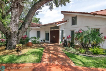 Home for Sale at 3031 N 35th St, Hollywood FL 33021
