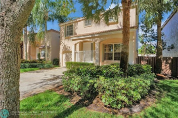 Home for Sale at 1257 NW 110th Ave, Plantation FL 33322