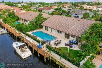 Home for Sale at 2931 NE 48th St, Lighthouse Point FL 33064