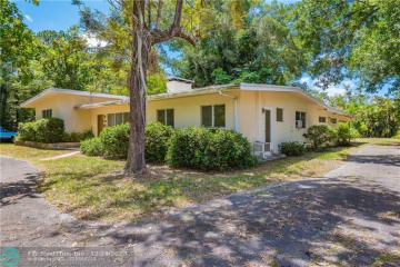 Home for Sale at 4300 SW 7th St, Plantation FL 33317