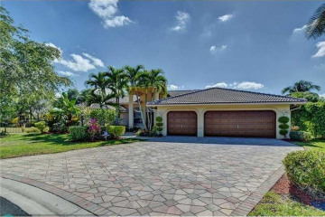 Home for Rent at 10259 NW 62 Ct, Parkland FL 33076