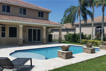 Home for Rent at 2606 Oakbrook Ct, Weston FL 33332