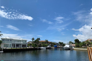 Home for Sale at 2374 NE 29th St, Lighthouse Point FL 33064