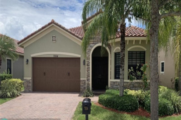 Home for Sale at 7554 NW 113th Ave, Parkland FL 33076