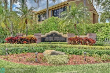 Home for Sale at 7525 NW 61st Ter #2804, Parkland FL 33067