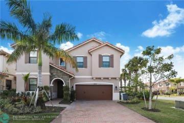Home for Sale at 7455 NW 108th Ave, Parkland FL 33076