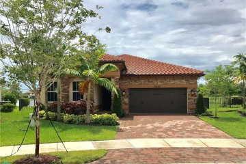Home for Rent at 9820 S Miralago Way, Parkland FL 33076
