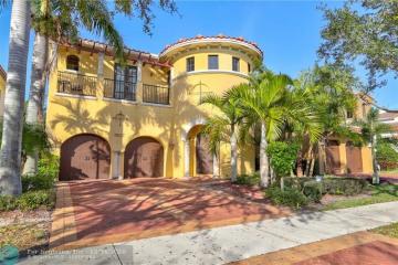Home for Rent at 9527 Exbury Ct, Parkland FL 33076