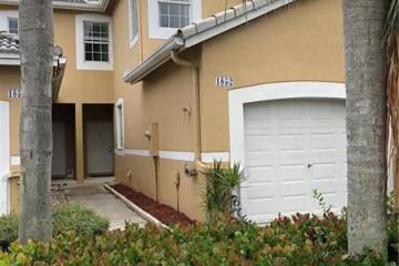Home for Sale at 1852 Salerno Cir, Weston FL 33327