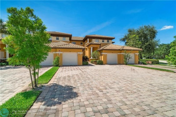 Home for Sale at 7967 NW 127th Ln #5-B, Parkland FL 33076