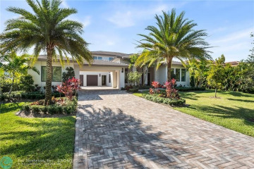 Home for Sale at 12360 NW 15 St, Plantation FL 33323