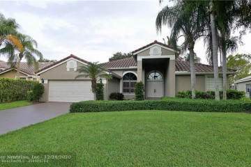 Home for Sale at 6550 NW 74th Dr, Parkland FL 33067