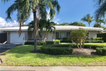 Home for Sale at 2635 NE 25th St, Lighthouse Point FL 33064