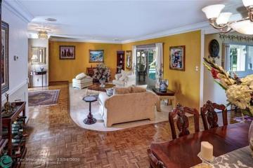 Home for Sale at 401 Vicksburg Ter, Plantation FL 33325