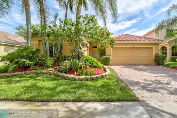 Home for Sale at 1362 Meadows Blvd, Weston FL 33327