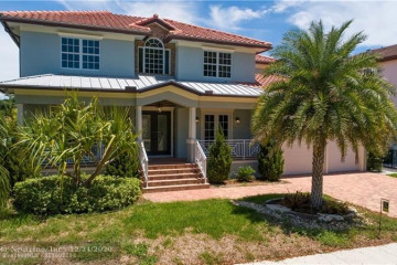 Home for Sale at 2401 NE 48th Ct, Lighthouse Point FL 33064