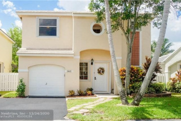 Home for Sale at 863 NW 99th Ave, Plantation FL 33324