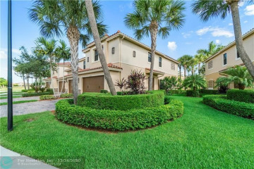 Home for Sale at 10867 NW 73rd Court, Parkland FL 33076