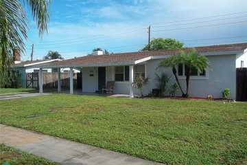 Home for Sale at 101 SE 11th St, Deerfield Beach FL 33441