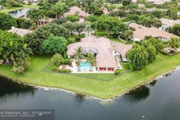 Home for Sale at 7610 Hyannis Ln, Parkland FL 33067