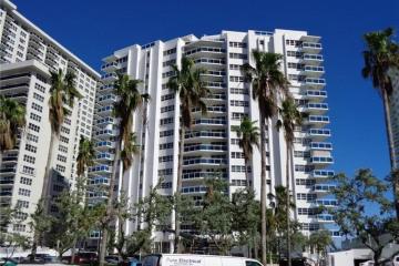 Home for Rent at 3430 Galt Ocean Dr #211, Fort Lauderdale FL 33308
