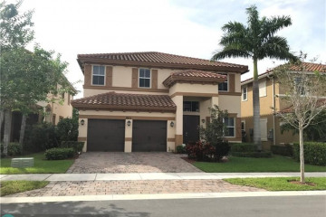Home for Rent at 8611 Waterside Ct, Parkland FL 33076