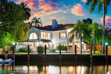 Home for Sale at 2506 Aqua Vista Blvd, Fort Lauderdale FL 33301