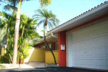 Home for Rent at 2724 NE 30th St, Fort Lauderdale FL 33306